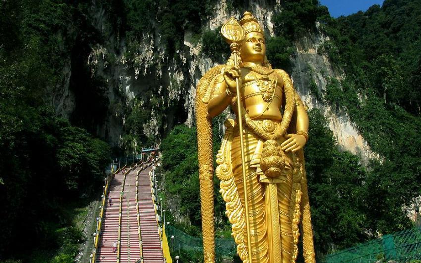 معبد كهوف باتو