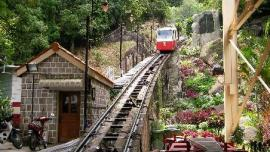 القطار الجبلي - في ماليزيا