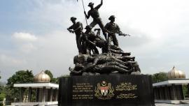 النصب التذكاري الوطني في ماليزيا - في ماليزيا