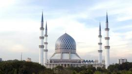 مسجد السلطان صلاح الدين  - في ماليزيا