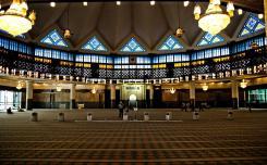 المسجد الوطني كولالمبور ماليزيا  - في ماليزيا