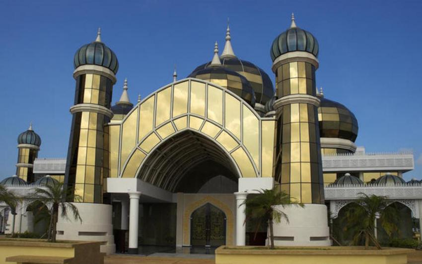 المسجد الكريستالي